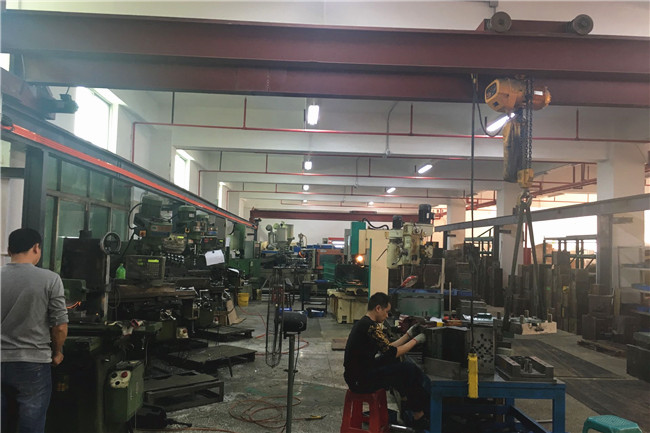 Shenzhen Rong Mei Guang Science And Technology Co., Ltd. factory production line 5